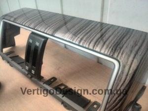 akvadruk-akvaprint-akvapechat-salon_avto-chorne_derevo-toyota_land_cruiser_prado-10-300x225
