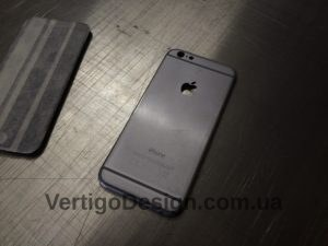 akvadruk-akvaprint-akvapechat-karbon-iphone6_2-300x225