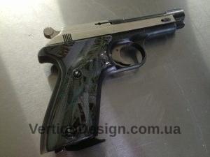 akvadruk-akvaprint-akvapechat-zbroya-chorne_derevo-pistolet_3-300x225