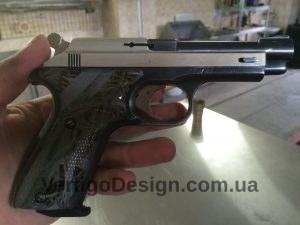 akvadruk-akvaprint-akvapechat-zbroya-chorne_derevo-pistolet_4-300x225