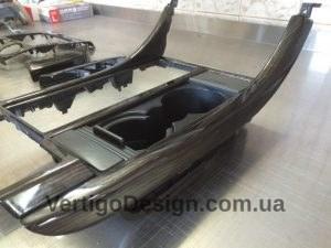 akvadruk-akvaprint-akvapechat-RangeRover-chorne_derevo_21-300x225