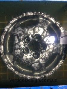 akvadruk-akvaprint-akvapechat-diski-r15-sobaki-mercedes_w210-2-225x300